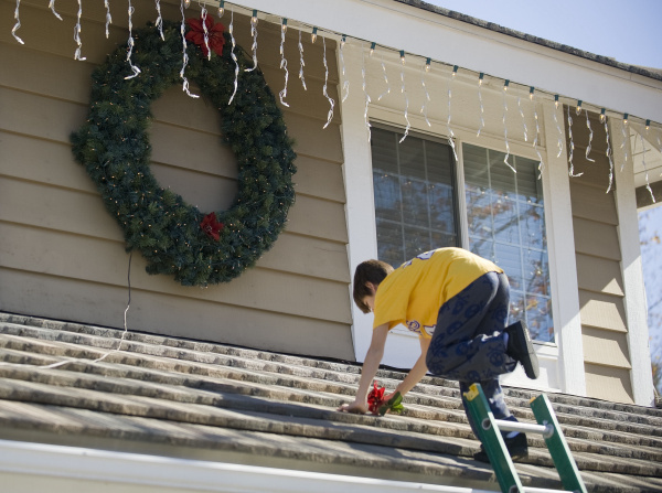 Preventing Injury Throughout the Holiday Season